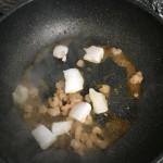 なかむラー油でピリ辛焼き蕎麦